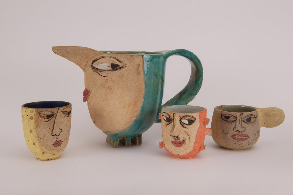 Mummy Jug & Her Cups
