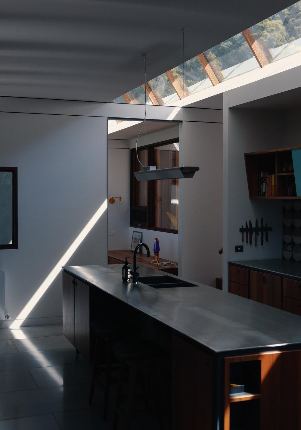 Takt Robertson Yarrawa interior kitchen.jpg
