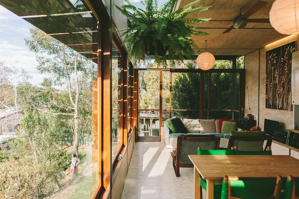 BrTakt Pod granny flat living interior.jpg