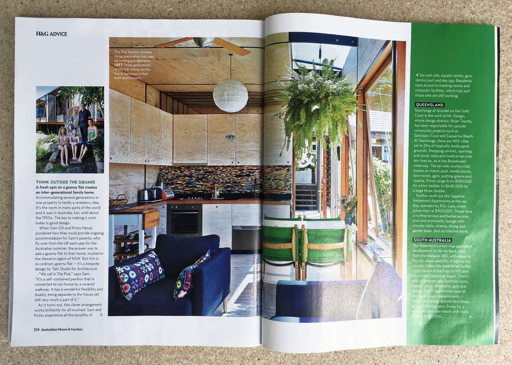 Houses & Gardens Magazine
