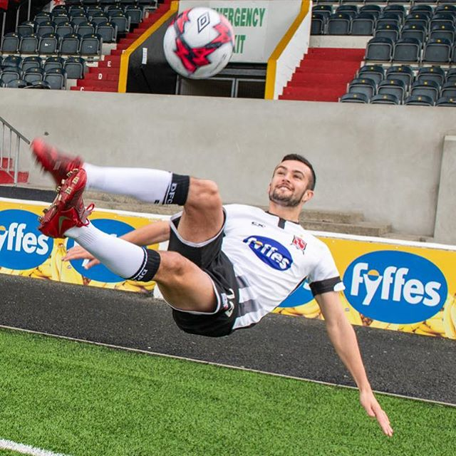 As they embark on the challenging task of defending their League and Cup titles, Dundalk FC can approach the new season with confidence knowing that Fyffes will be one of their biggest supporters.  The banana importer and distributor will continue their seven year sponsorship of the Club into both the the 2019 and 2020 seasons with the Fyffes name and logo remaining on the front of the team's jerseys in both domestic and European competitions, whilst also maintaining a strong presence around the grounds at Oriel Park.  Involved, as we were, in communicating the announcement, we congratulate our client Fyffes and all at Dundalk FC, and wish players, manager, coaches and everyone involved another successful season in League and Cup campaigns.#fyffes #dundalkfc #orielpark #dundalk #sseairtricityleague #faicup #football