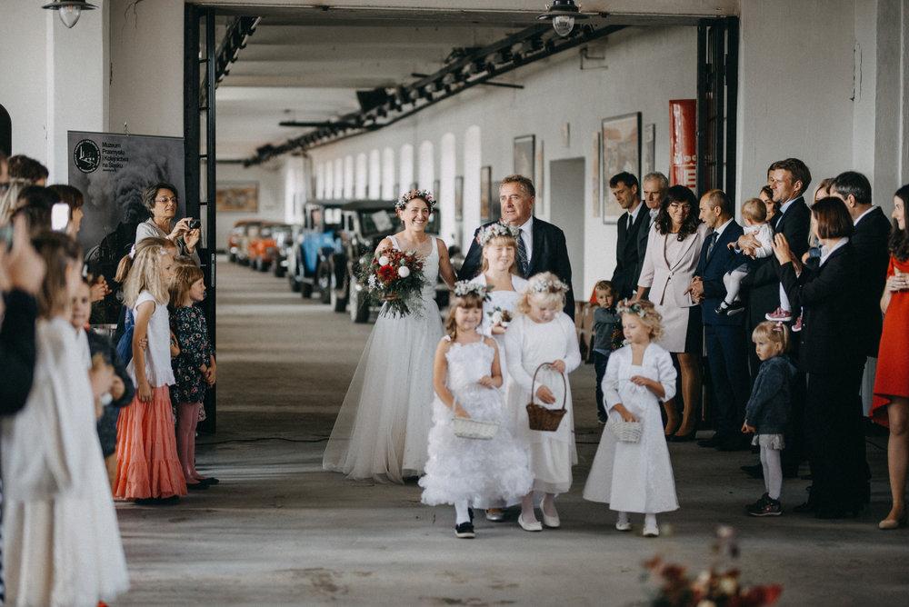 Industrial wedding_048.jpg