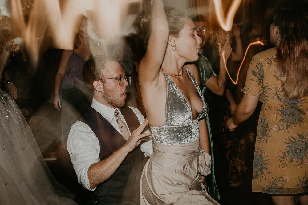 H+A_Hartford_Connecticut_RoseGarden_Wedding083.jpg