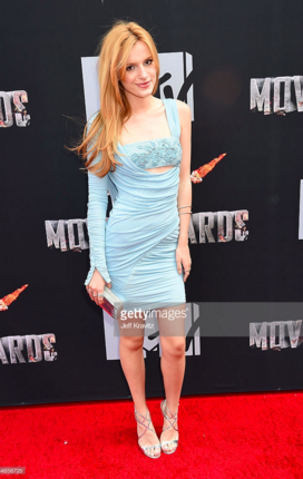 andrealivolsi_redcarpet_40.png