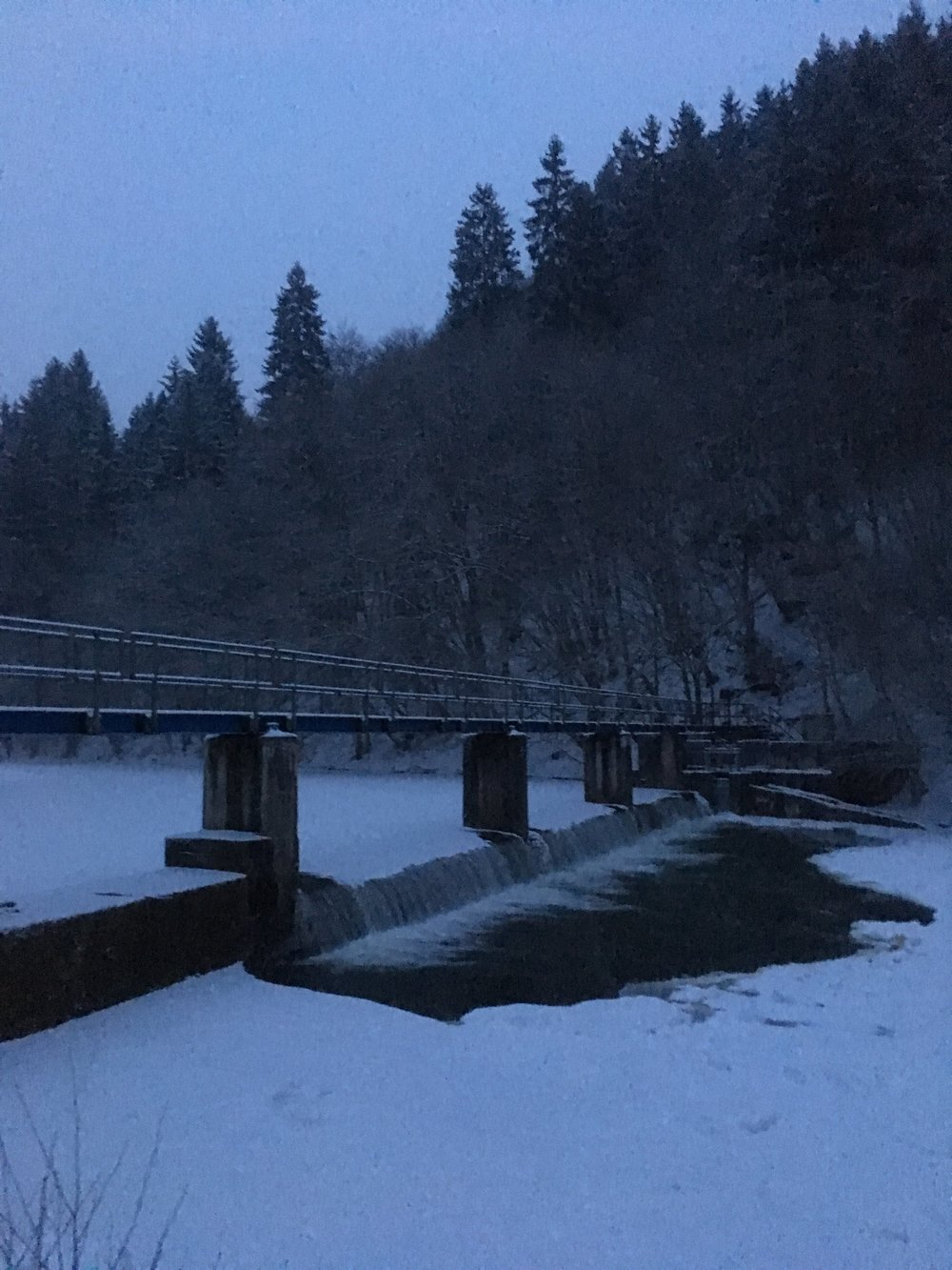 The Ourthe in wintery conditions