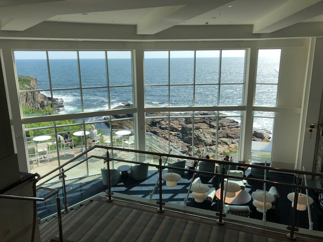 Gorgeous Floor to Ceiling Windows for Indoor Viewing