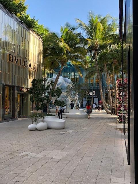 MDD Lux Shopping