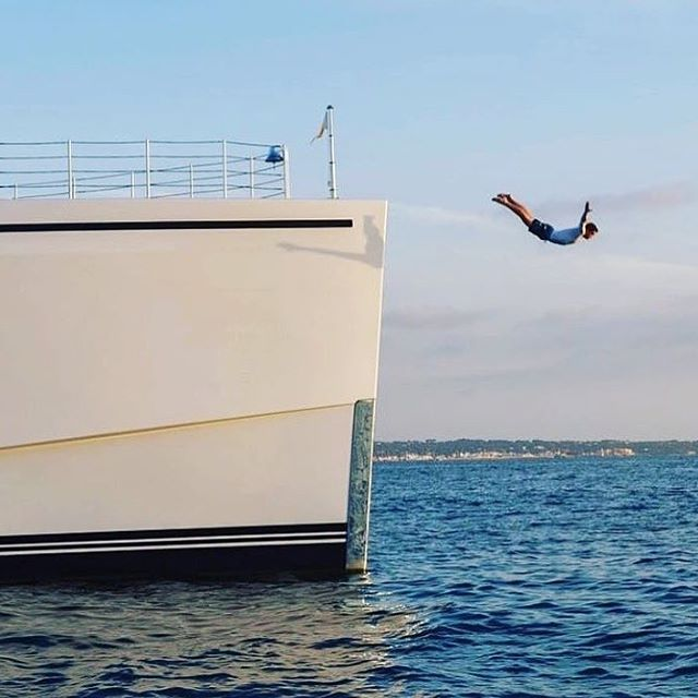 Credit @theyachtguy Sometimes you just have to take the leap. Changes and updates coming soon. #hustle #yacht #estate #audio #luxury #hometheater #cinema #hautecouture #hauteliving
