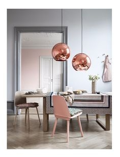 Pair these gorgeous pendants with tones of dusky pinks to create a stunning feature at your wedding or event.  Image via Pinterest