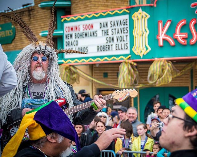 Mardi Grad Oak Cliff is just around the corner! Come watch along Davis St. on Sunday, March 3, starting at 4:00 p.m.! Info at the link in bio.  Big thanks to our 2019 Go Oak Cliff presenting sponsor, @originbank!