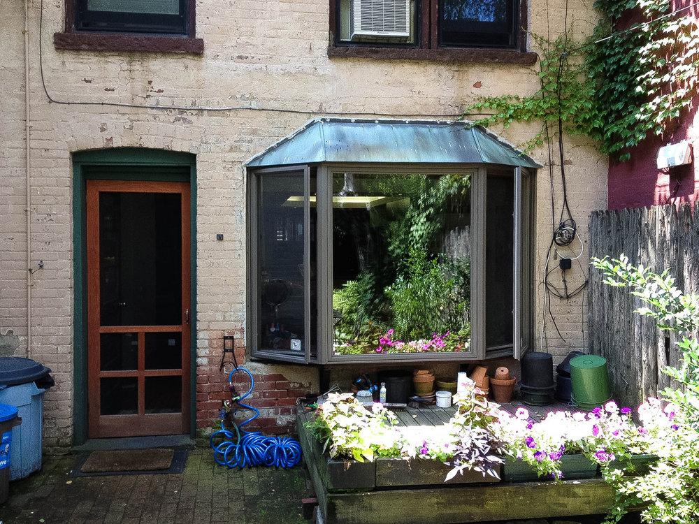 bay window exterior-2-2.jpg
