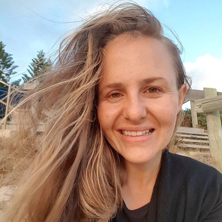 Jenna . 30