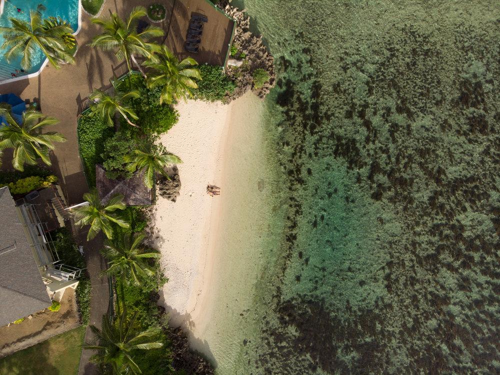 Away-Lands-Presets_Beach-Drone-2-Before.jpg