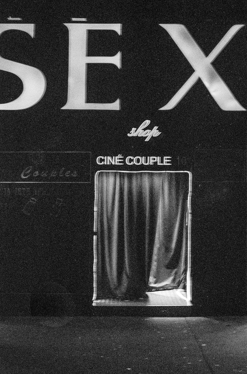 Neon City - A series dark, neon photography.Lorem ipsum dolor sit amet, consectetur adipiscing elit.