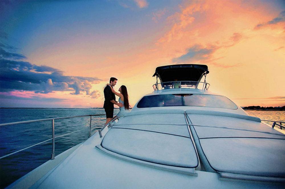 Burjuman-Motor-Yacht-Sunset-Cruises.jpg