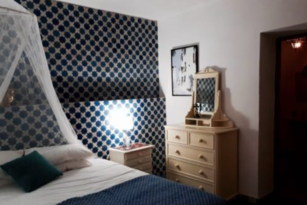 Twin Beds  Private bath/shower   Early Bird: £1,500.00 / Full Price: £1,800.00 *    * Price based on two sharing