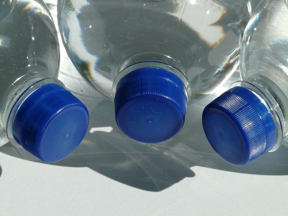 bottles-60474_1920.jpg