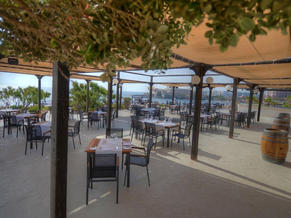 The Edge Restaurant 1.jpg
