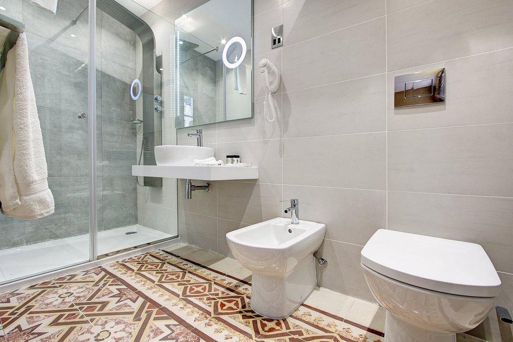 Bathroom-2-1.jpg