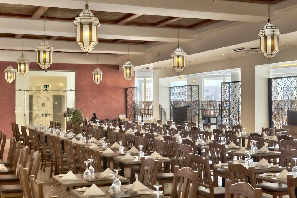 dbsanantonio_hotel_Gueliz_Main_Restaurant2_Malta-min[2].jpg