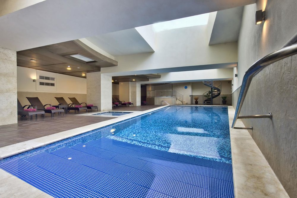 dbsanantonio_hotel_indoor_pool_Malta_01-min[2].jpg