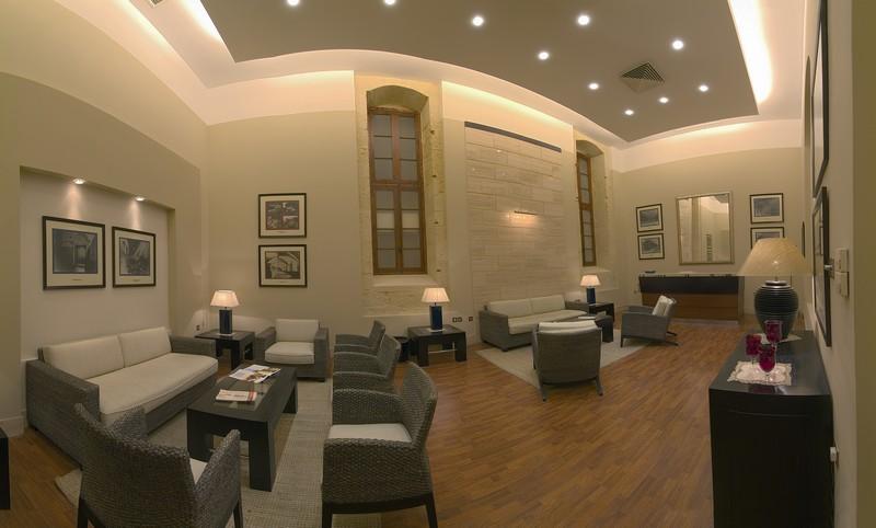 VIP_Lounge_PIC[2].jpg