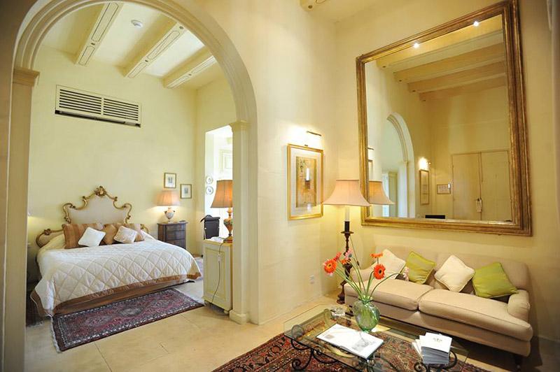 Guestroom.jpg