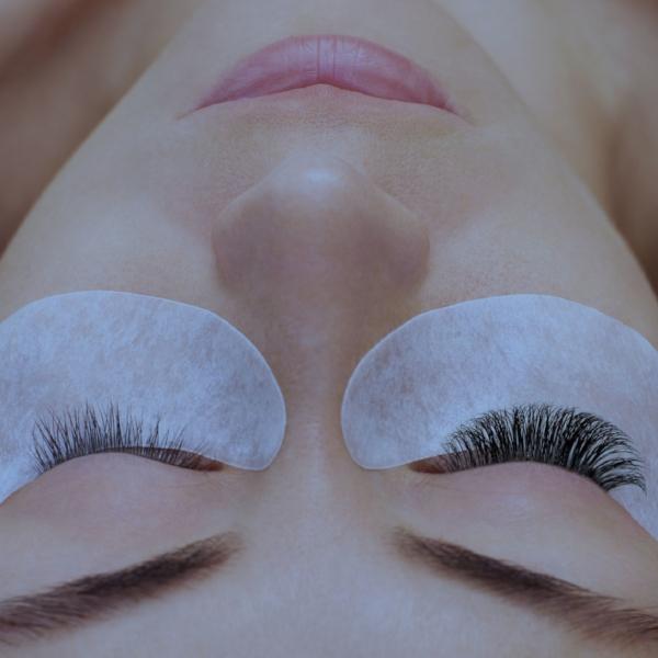 img-xtreme-lashes.jpg