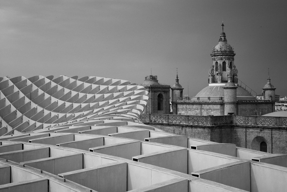 Juxtaposition Seville, Spain Leica M (Typ 246) 50mm f/2.0 APO Summicron  © Keith R. Sbiral, 2018