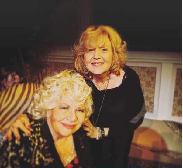 Renée and Brenda Vacarro