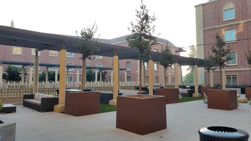 UVV Courtyard 2.jpg