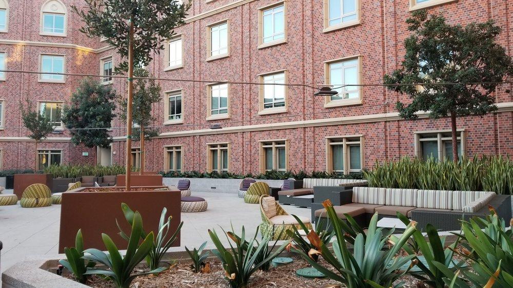 UVV Courtyard 1.jpg