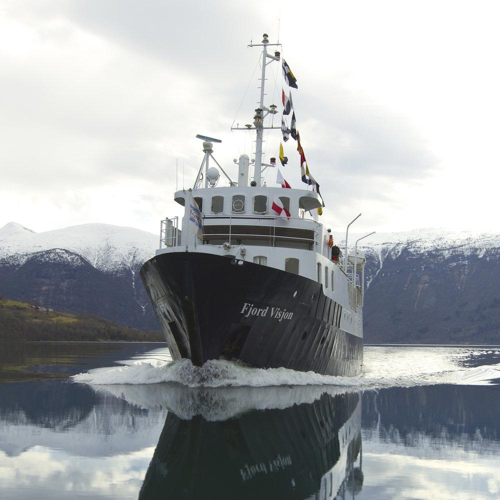 Boat_Cruise_Fjord.jpg