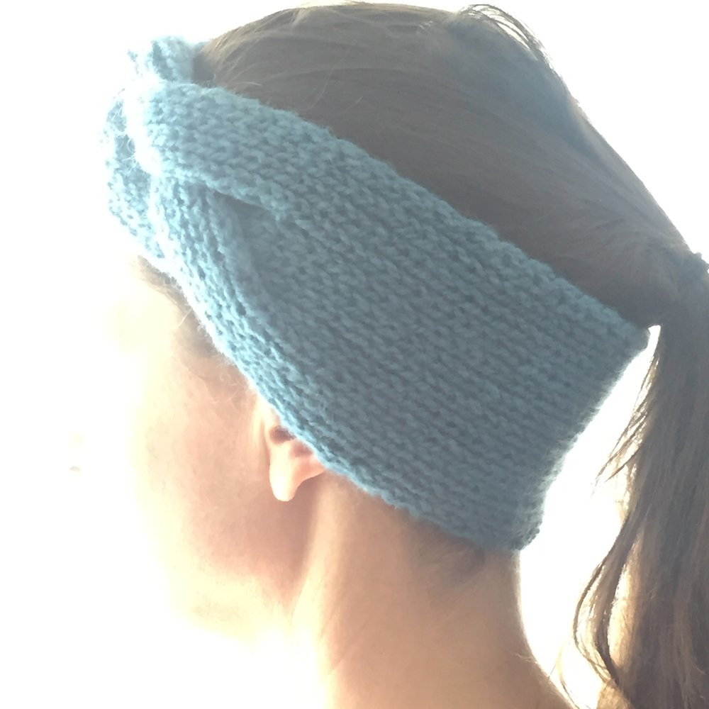 This soft and cozy wool headband by Tatiana of Colourful Island.