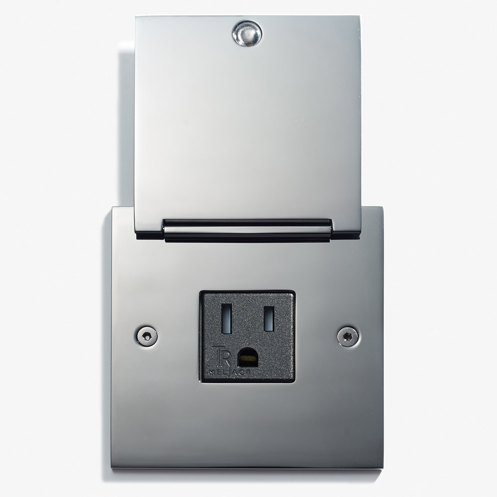 82 x 82 - Single Outlet - Cover - Nickel Brillant 2.jpg
