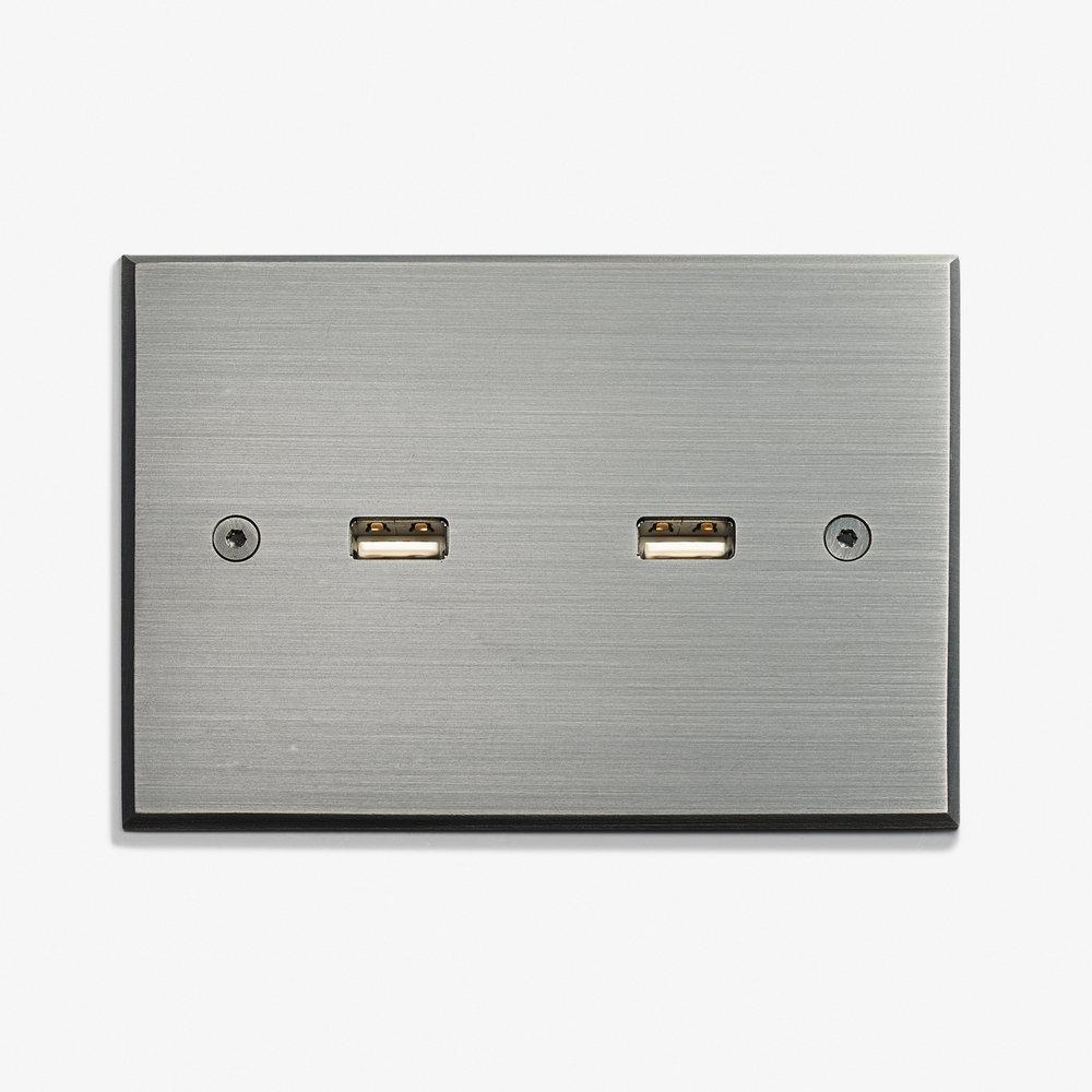 117 x 82 - 2 USB - Visible Screws - Argent Patiné.jpg