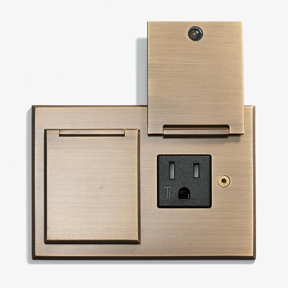 117 x 82 - Duplex Outlet - Covers - Bronze Médaille Allemand 2.jpg
