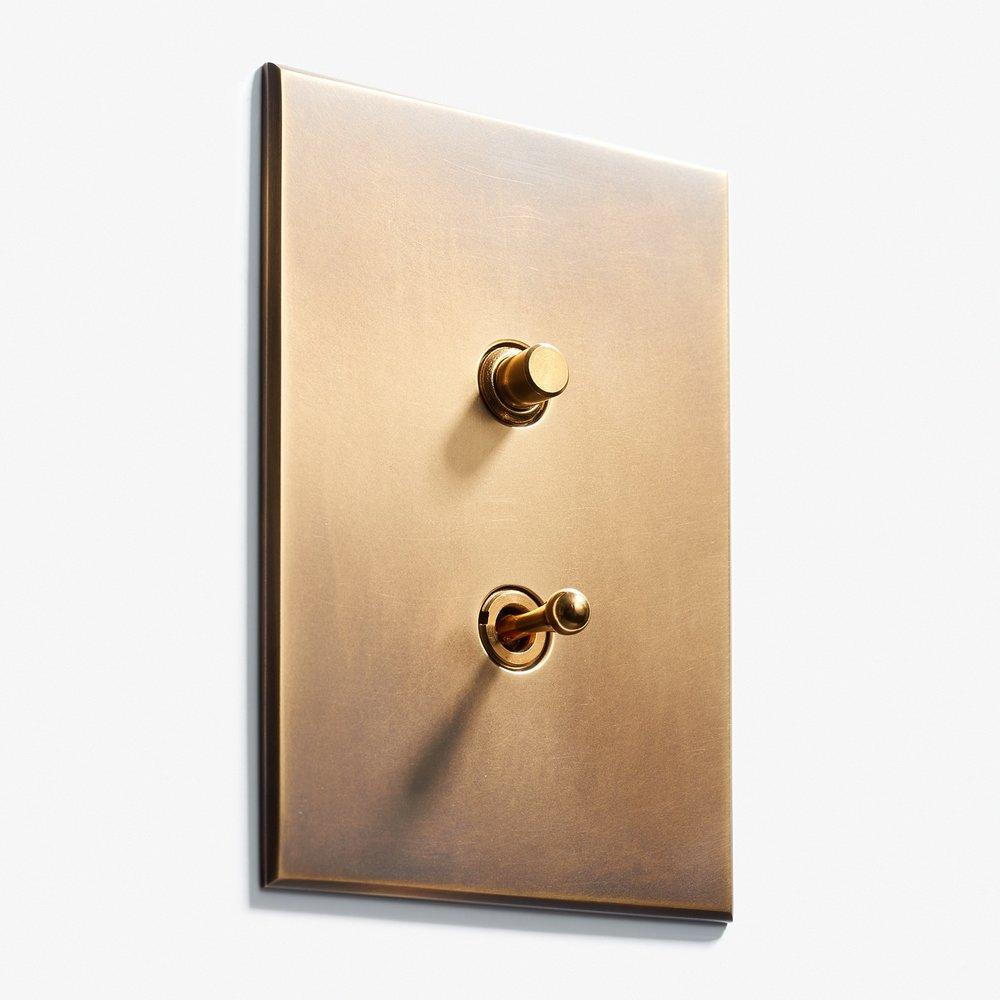 82 x 117 - 1 BP + 1 INV - Hidden Screws - Beveled Edge - Antique Brass 2.jpg