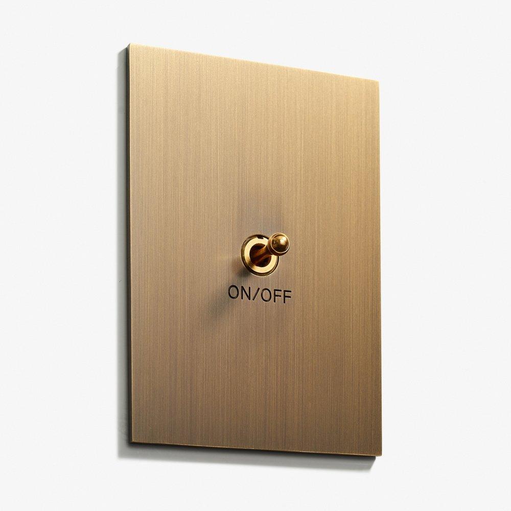 82 x 117 - 1 INV - Engraved - Hidden Screws - Straight Edge - Bronze Médaille Allemand 2.jpg