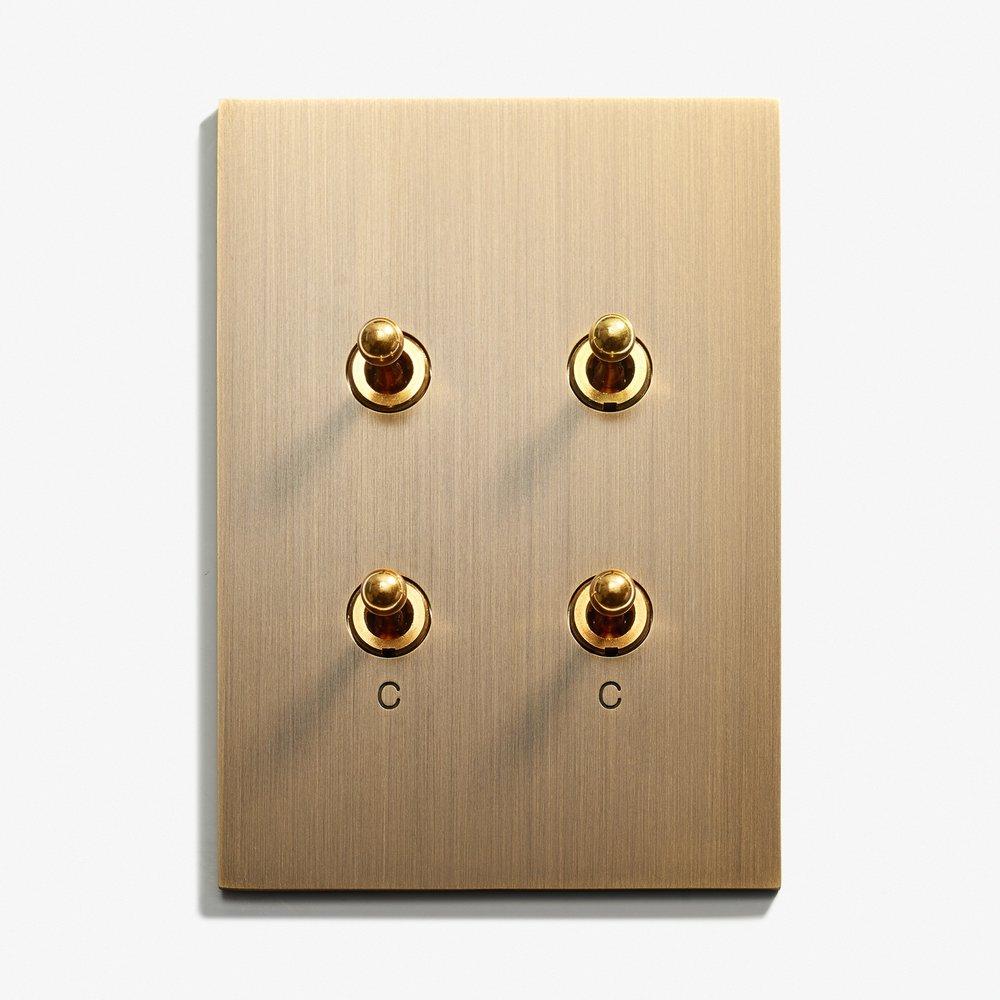 82 x 117 - 4 INV - Engraved - Hidden Screws - Straight Edge - Bronze Médaille Allemand.jpg
