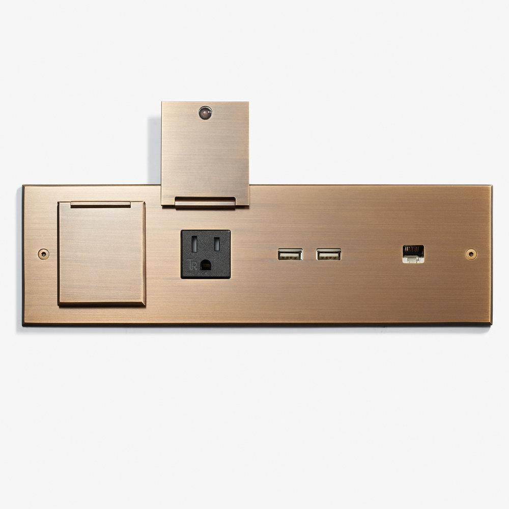 Bespoke_269 x 82 - Custom Desk Plate - 2 Outlets + 2 USB + RJ45 - Bronze Médaille Allemand 2.jpg