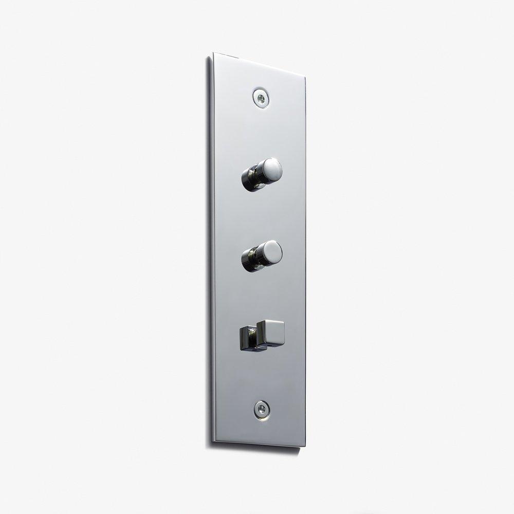 38 x 133 - 3 Mini BPs - Visible Screws - Straight Edge - Nickel Brillant.jpg