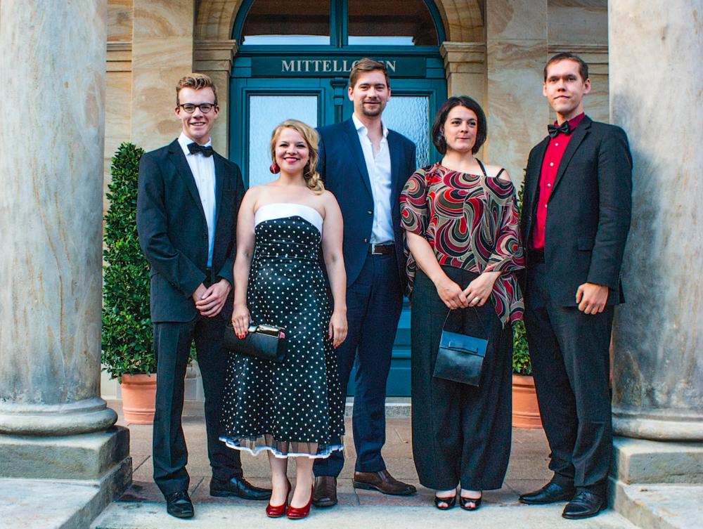 Von links nach rechts: Nicolai Dembowski, Ines Vinkelau, Luke Stoker, Alexandra Untiedt, Waldemar Kinos