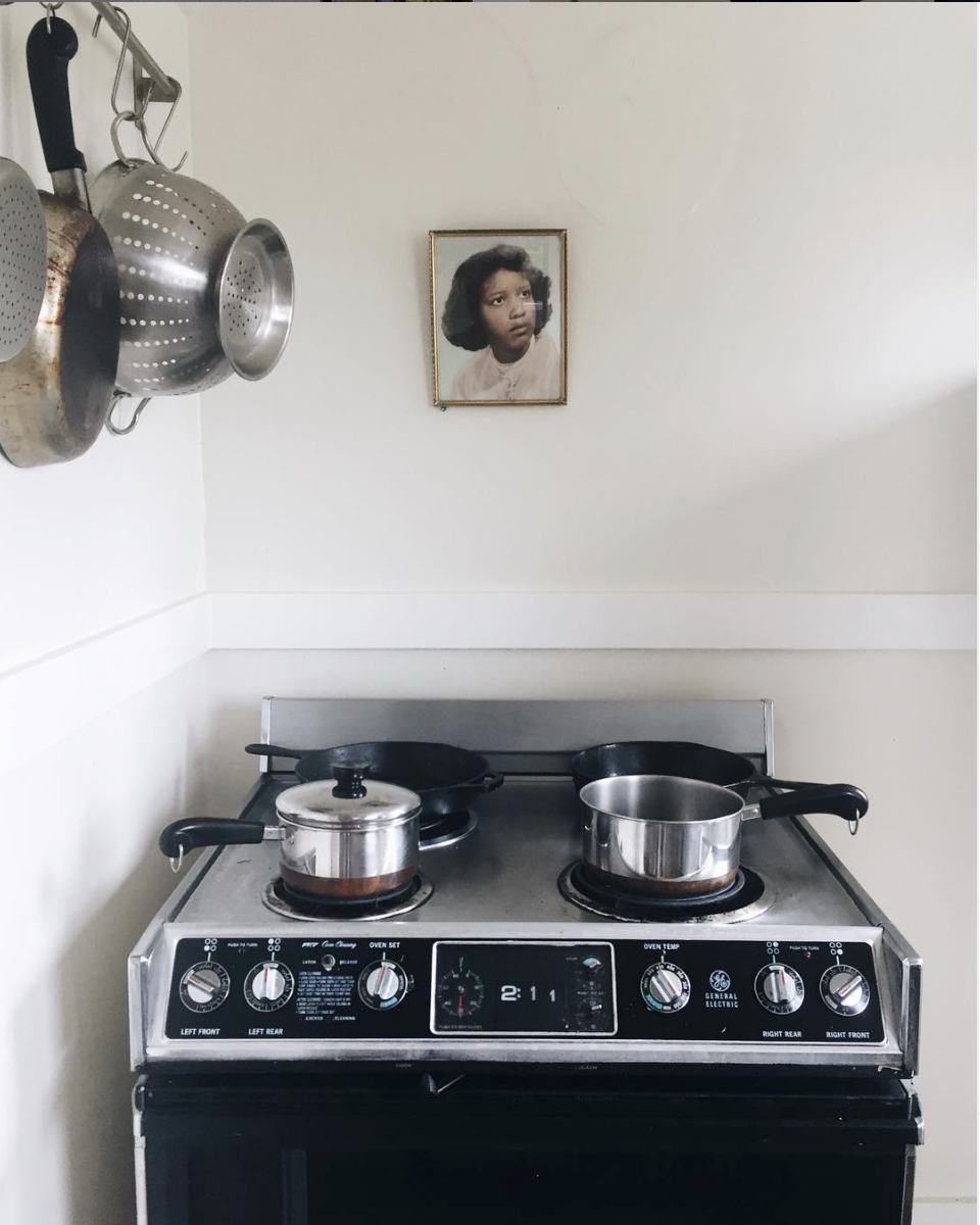 Roe and E's kitchen stove from Reducing Waste (and Saving Money) on DIJFY.png