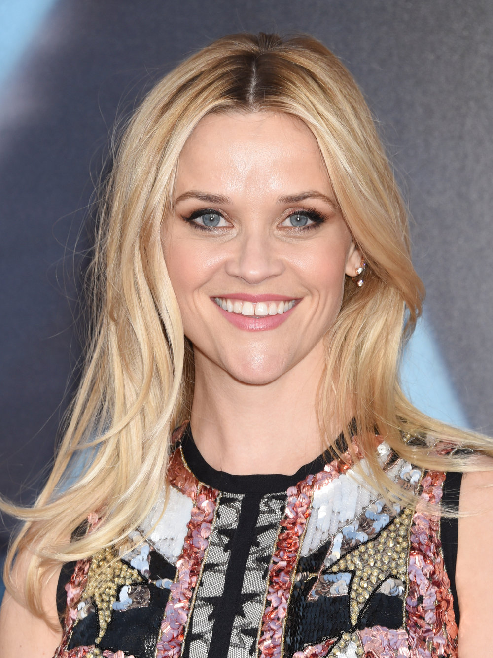 haircuts-heart-faces-reese-witherspoon.jpg