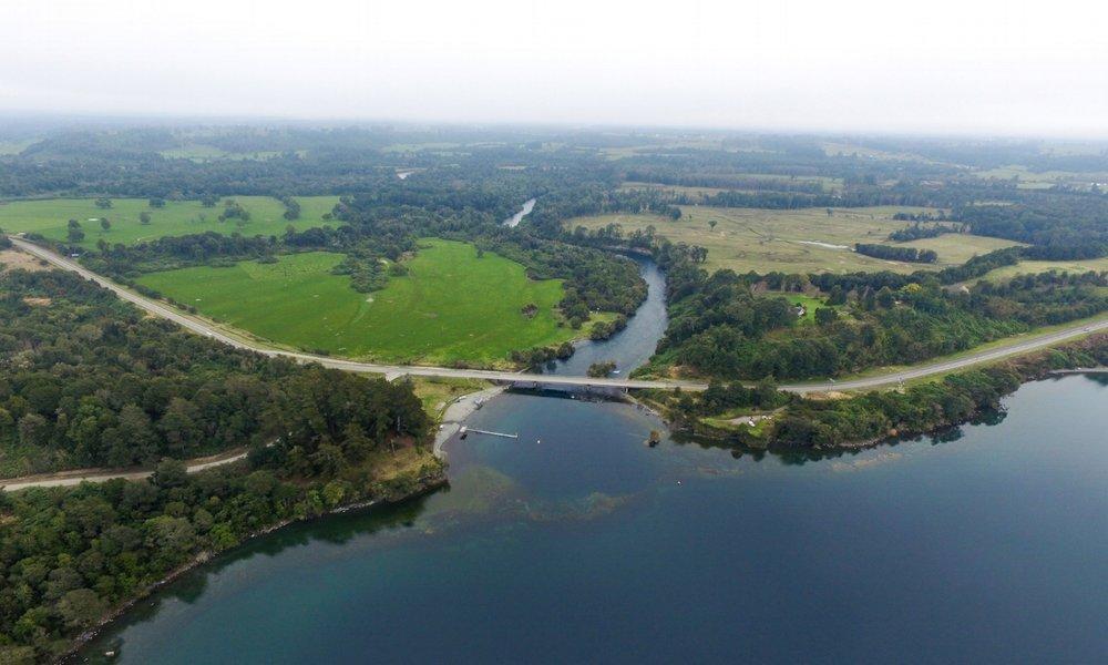 Desague Lago Rupanco_Nacimiento Río Rahue 1 copia.JPG