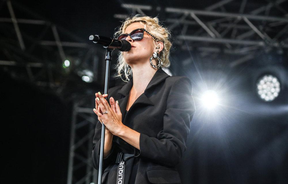 Pixie Lott - Bents Park - 08-07-18 - South Tyneside Festival-9.jpg