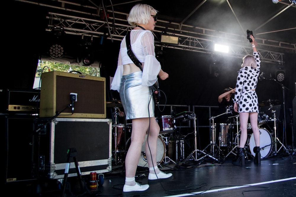 Pins - Tramlines Festival - 22-07-18-7.jpg