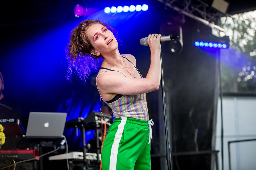 Rae Morris - Tramlines Festival - 21-07-18-3.jpg