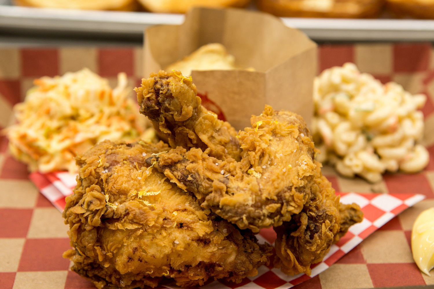 Where to Eat: Fried Chicken at Lucky Bird in Los Angeles, California